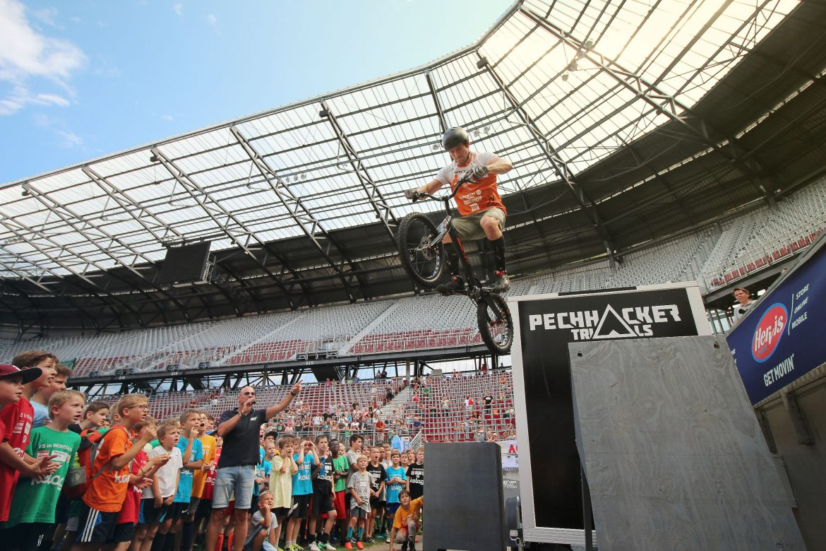 Bike Trial Show Thomas Pechhacker Klagenfurt Stadium